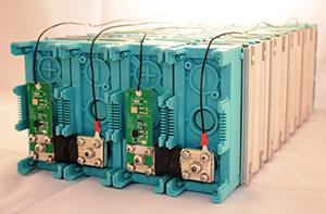 Cuando hablamos de almacenamiento eléctrico, con las baterías Linadium Energy Ión Litio LiFeMnPO4 no sólo podemos hacer lo que antes no era posible, ahora además LA RENTABILIDAD SE HA MULTIPLICADO POR 3 VECES respecto a las batería clásicas